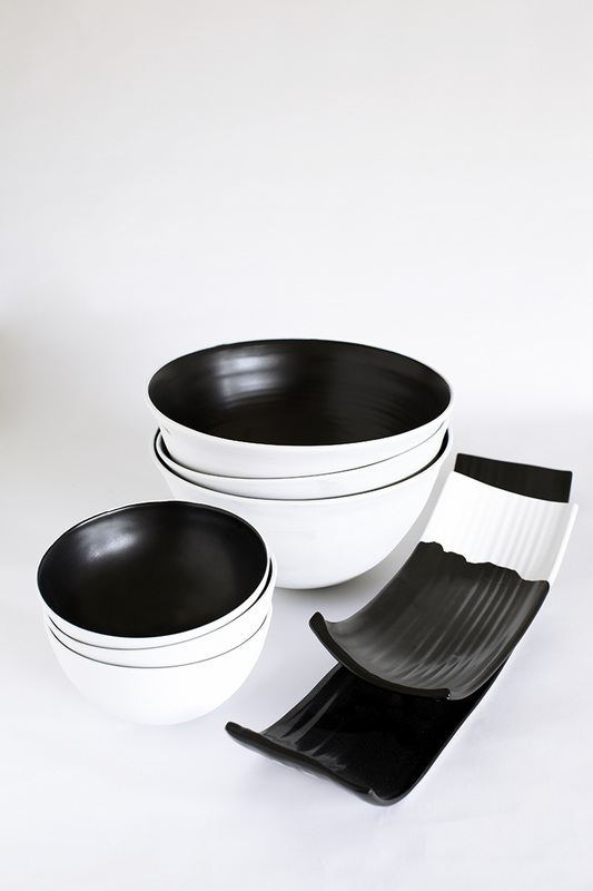 andre-davidoff-black-and-white-ceramics