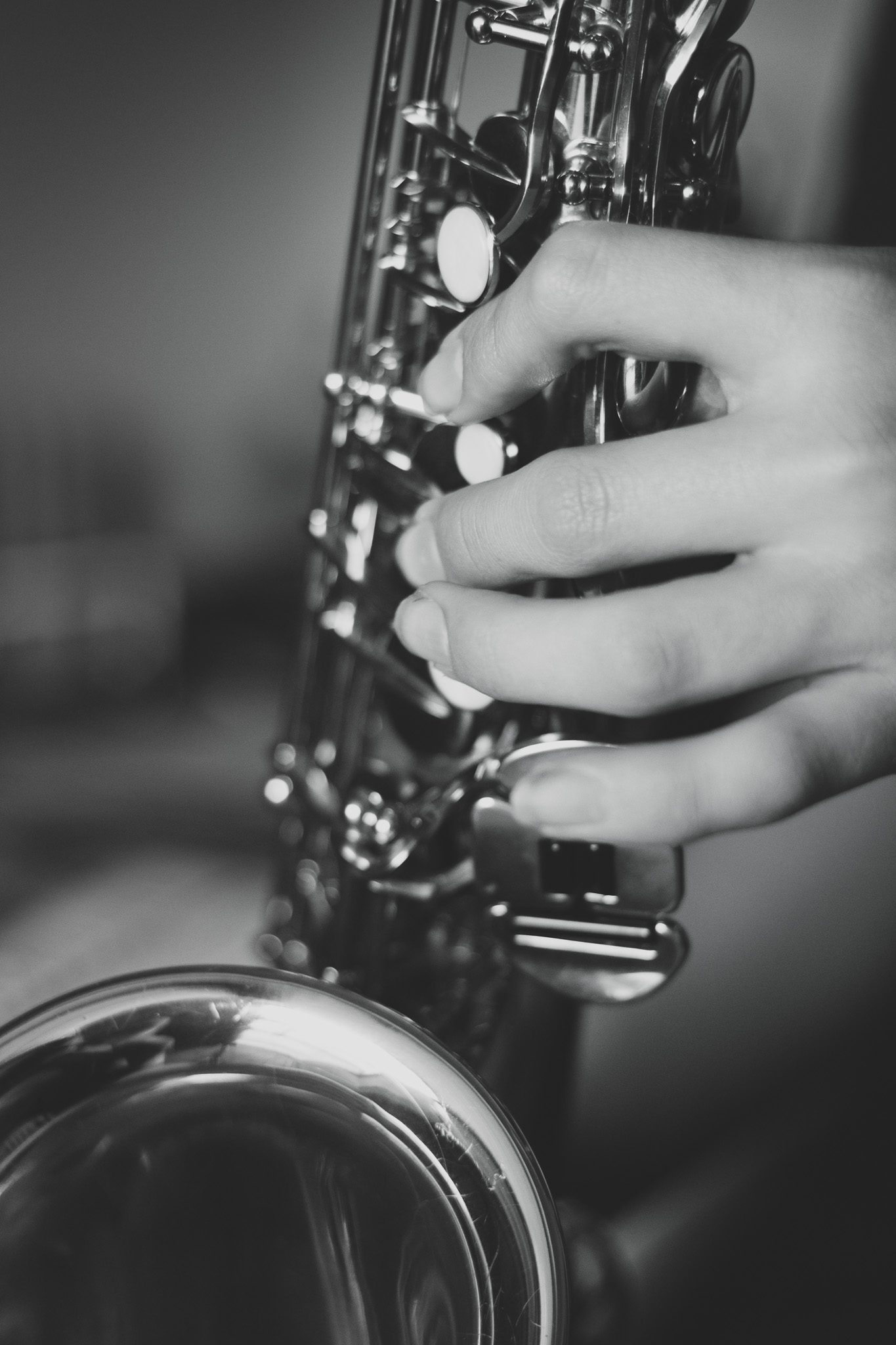 fingers on the saxophone