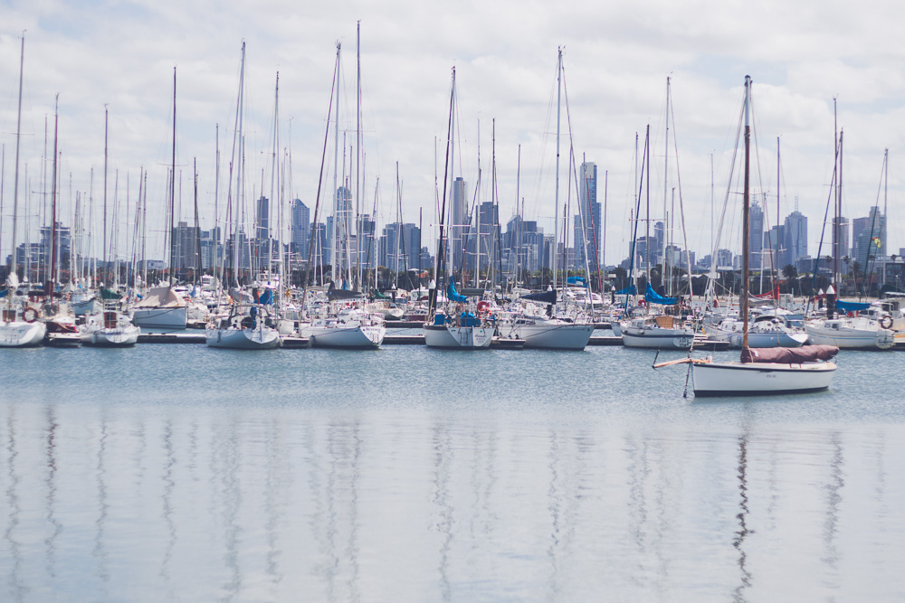 boats at st kilda with melbourne background